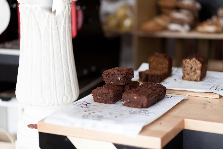 Brownie irresistible en la panadería artesanal The Loaf