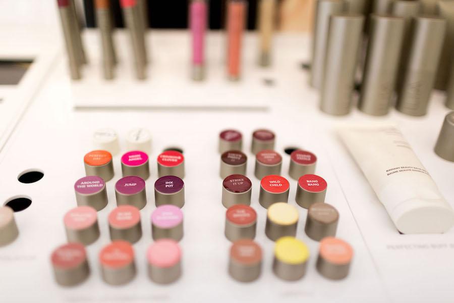 Maquillaje orgánico en la perfumería nicho de San Sebastián