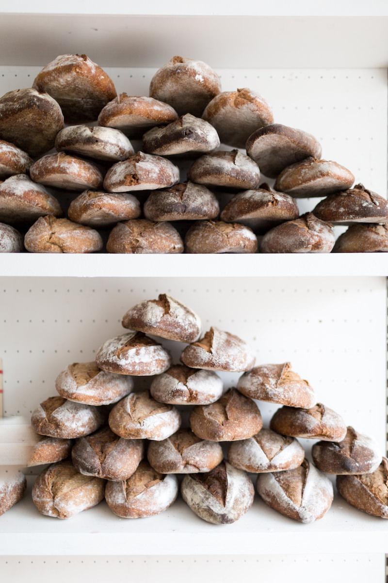 Barras de pan artesanales en The Loaf