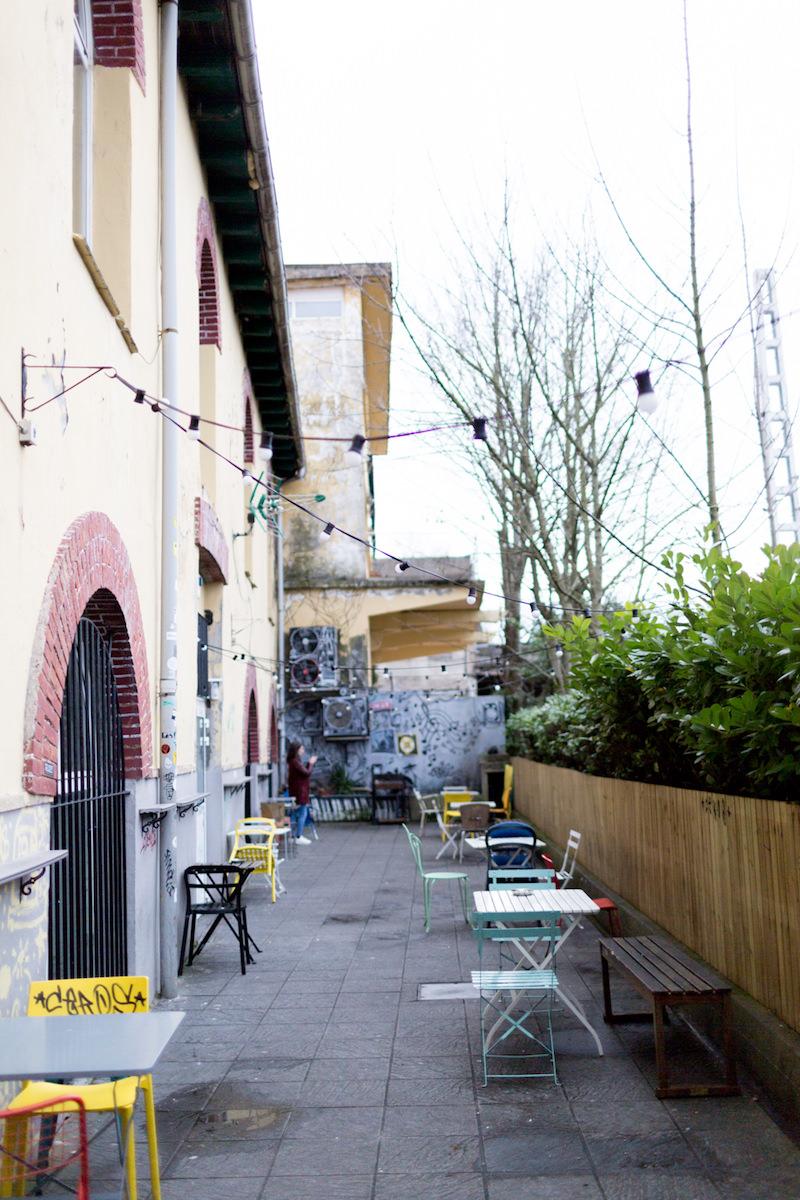 Terraza de la sala de conciertos Dabadaba en San Sebastián