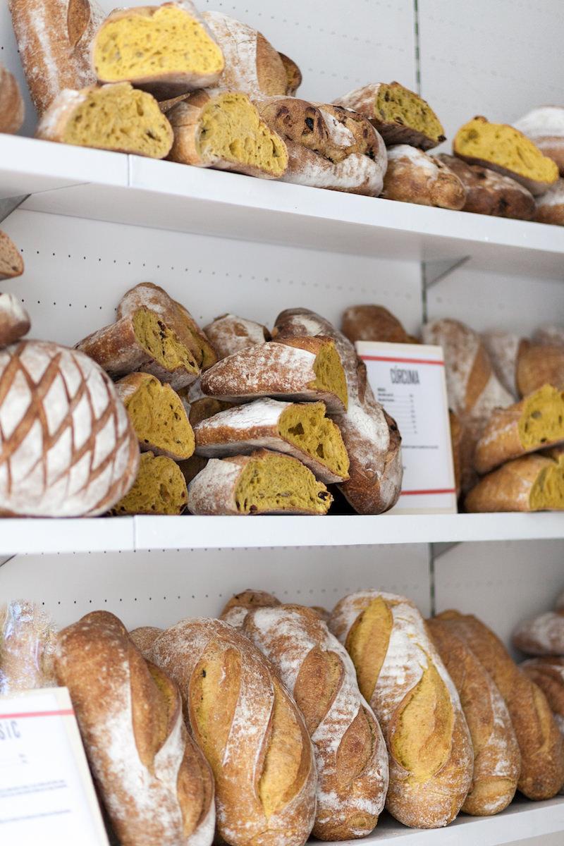 Las barras y hogazas de la panadería artesanal The Loaf